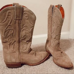 Cow Girl Frye Boots